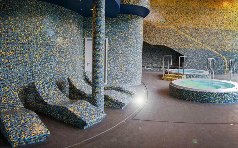 laznia-mozaika-basen-wanna-strefa-wypoczynku-wardein